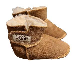 UGG brown chestnut suede baby booties